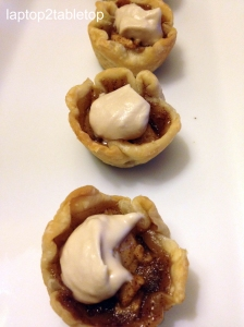 mini-spiced apple tart with maple whipped cream